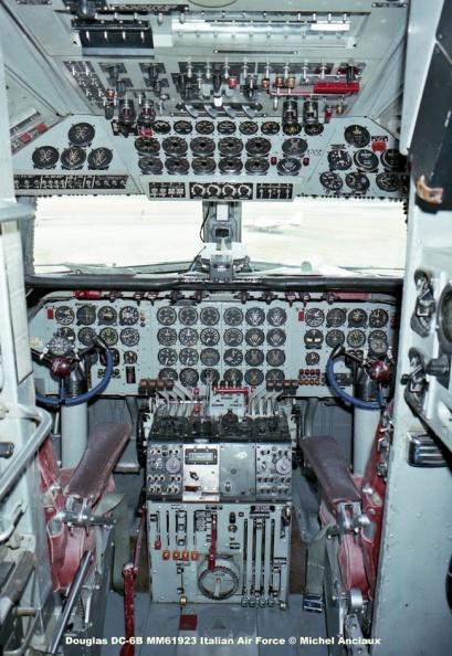 086 Douglas DC-6B MM61923 Italian Air Force © Michel Anciaux