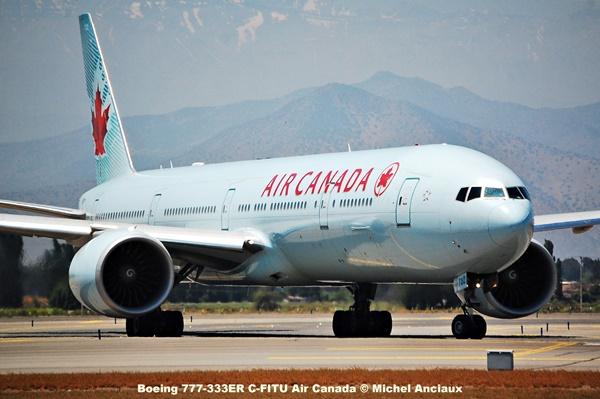 137 Boeing 777-333ER C-FITU Air Canada © Michel Anciaux