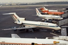 09 Boeing 727-22 N7089U United