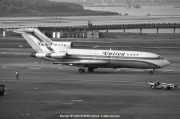 10 Boeing 727-22C N7405U United