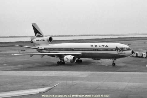21 McDonnell Douglas DC-10-10 N601DA Delta