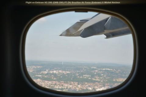 DSC_0723 Flight on Embraer KC-390 (EMB-390) PT-ZNJ Brazilian Air Force (Embraer)