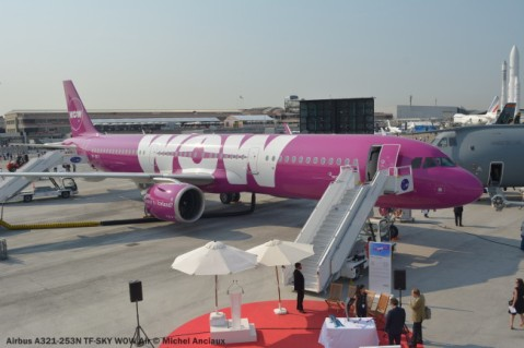 DSC_0098 Airbus A321-253N TF-SKY WOW Air © Michel Anciaux