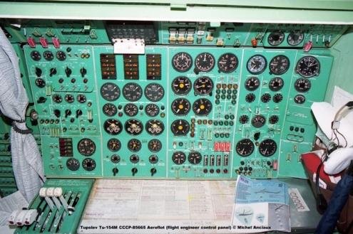 img544 Tupolev Tu-154M CCCP-85665 Aeroflot (flight engineer control panel) © Michel Anciaux