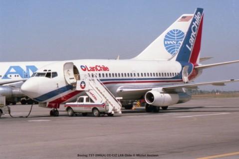img559 Boeing 737-2M6(A) CC-CJZ LAN Chile © Michel Anciaux