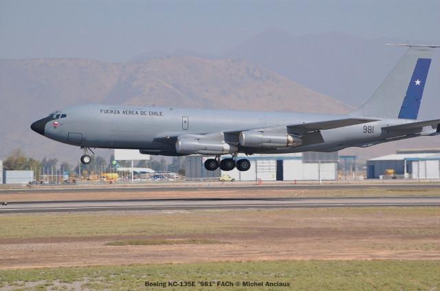 001 Boeing KC-135E ''981'' FACh © Michel Anciaux
