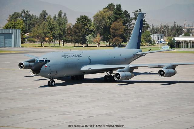 031 Boeing KC-135E ''983'' FACh © Michel Anciaux