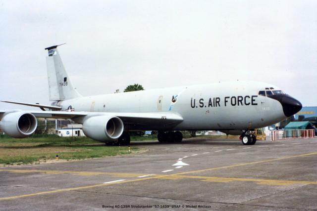 299 Boeing KC-135R Stratotanker ''57-1439'' USAF © Michel Anciaux
