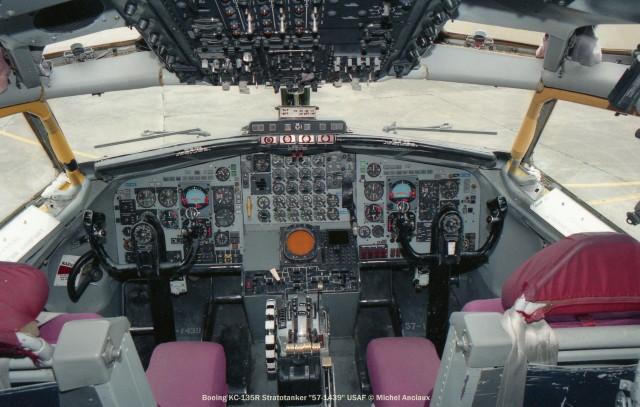 301 Boeing KC-135R Stratotanker ''57-1439'' USAF © Michel Anciaux