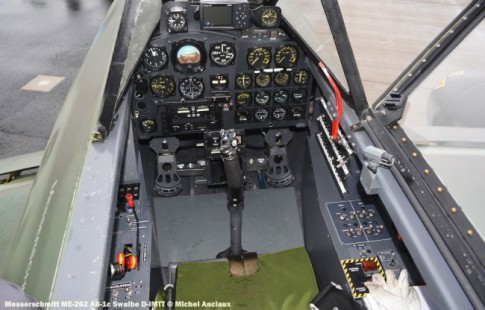 DSC_0675 Cockpit of Messerschmitt ME-262 AB-1c Swalbe D-IMTT © Michel Anciaux