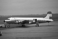 img756 Douglas C-54A-1-DO 5-T-1 Armada Argentina © Michel Anciaux
