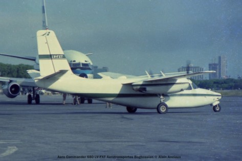 img767 Aero Commander 680 LV-FXT Aerotransportes Boghossian © Alain Anciaux