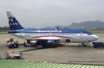 img891 Boeing 737-291(A) CC-CEA Lan Chile © Michel Anciaux