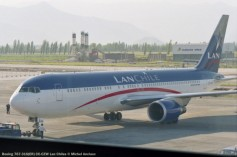 img909 Boeing 767-316(ER) CC-CZW Lan Chiles © Michel Anciaux