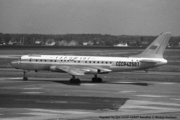 051 Tupolev Tu-104 CCCP-42507 Aeroflot © Michel Anciaux