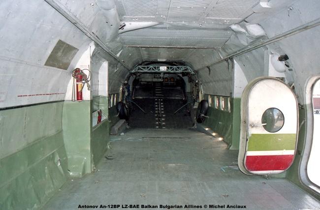img086 Antonov An-12BP LZ-BAE Balkan Bulgarian Aillines © Michel Anciaux