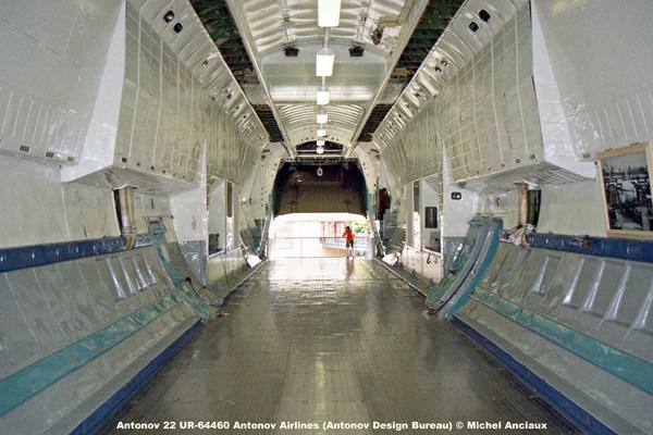 img916 Antonov 22 UR-64460 Antonov Airlines (Antonov Design Bureau) © Michel Anciaux