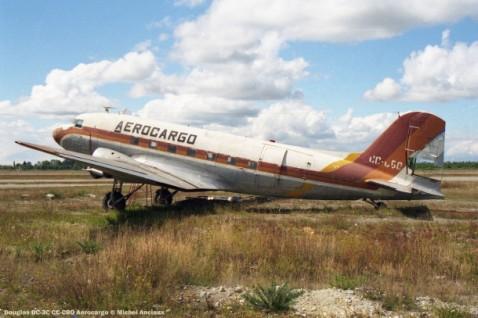 058 Douglas DC-3C CC-CBO Aerocargo © Michel Anciaux