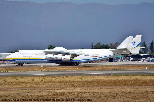 106 Antonov An-225 Mriya UR-82060 Antonov An-225 Mriya UR-82060