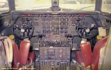 16 Douglas DC-6BF CC-CCI LASA © Michel Anciaux