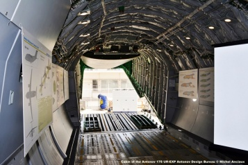 DSC_0861 Cabin of the Antonov 178 UR-EXP Antonov Design Bureau © Michel Anciaux