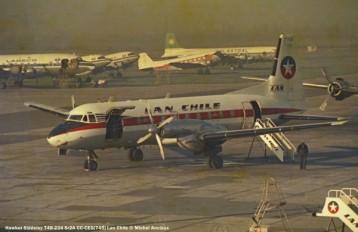 img224 Hawker Siddeley 748-234 Sr2A CC-CEG ''745'' LAN Chile © Michel Anciaux