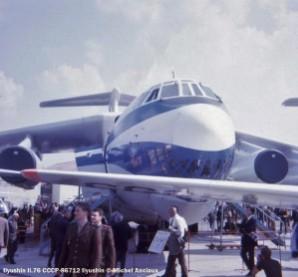 img505 Ilyushin-Il-76 CCCP-86712 Ilyushin © Michel Anciaux
