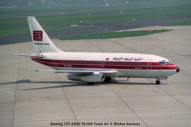 32 Boeing 737-2H3C TS-IOD Tunis Air © Michel Anciaux