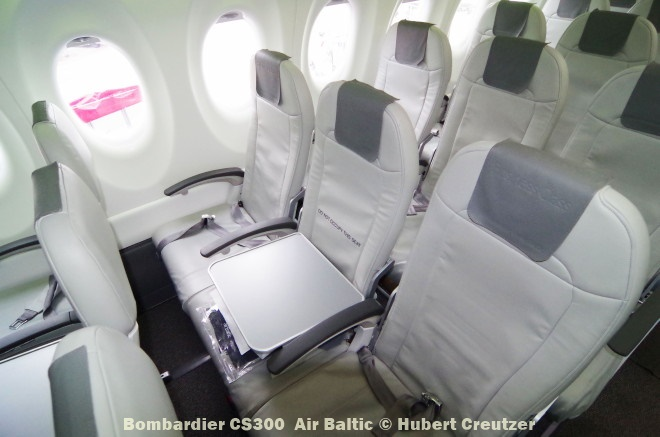 IMGP1702 Bombardier CS300 Air Baltic © Hubert Creutzer