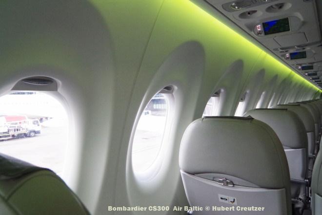 IMGP1717 Bombardier CS300 Air Baltic © Hubert Creutzer