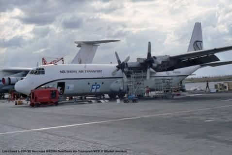 28 Lockheed L-100-30 Hercules N920SJ Southern Air Transport-WFP © Michel Anciaux