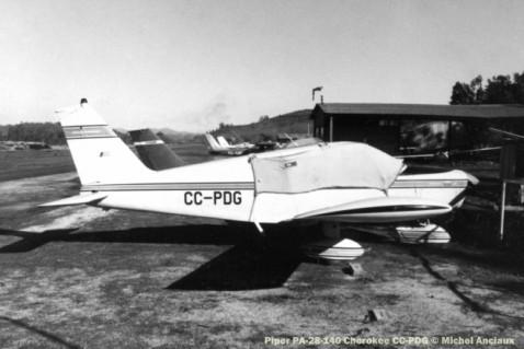 DSC_13 Piper PA-28-140 Cherokee CC-PDG © Michel Anciaux