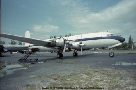 img117 Douglas DC-7BF N90712 International Air Transport. © Michel Anciaux