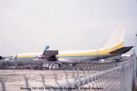 img151 Boeing 707-321 N427MA Air Express © Michel Anciaux