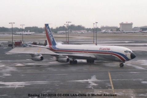img228 Boeing 707-321B CC-CEK LAN-Chile © Michel Anciaux