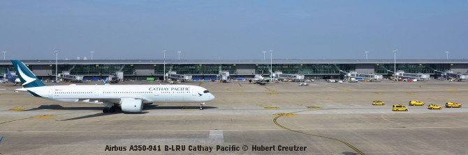 DSC_2440 Airbus A350-941 B-LRU Cathay Pacific © Hubert Creutzer