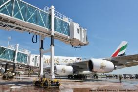 DSC_2812 Airbus A380-861 Emirates © Hubert Creutzer