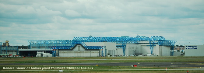 007 General vieuw of Airbus plant Toulouse ©Michel Anciaux