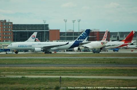 019 Airbus A330-343X F-WWYJ & F-WWCP Philippine Airl. ©Michel Anciaux