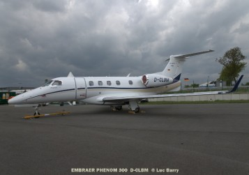 DSC04157 EMBRAER PHENOM 300 D-CLBM © Luc Barry
