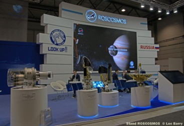 DSC04192 Stand ROSCOSMOS © Luc Barry