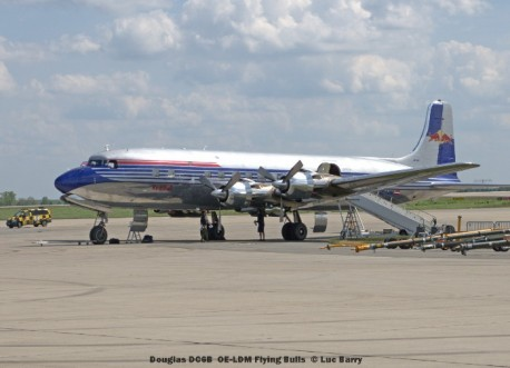 DSC04549 Douglas DC6B OE-LDM Flying Bulls © Luc Barry