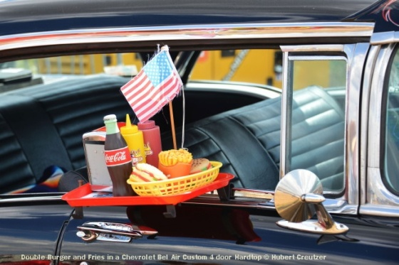 DSC_4632 Double Burger and Fries in a Chevrolet Bel Air Custom 4 door Hardtop © Hubert Creutzer