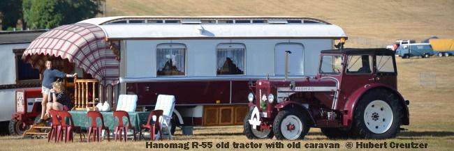 DSC_4644 Hanomag R-55 old tractor with old caravan © Hubert Creutzer