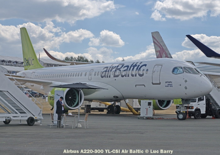 DSC07293 Airbus A220-300 YL-CSI Air Baltic © Luc Barry