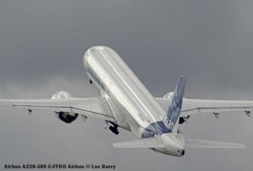 DSC07610 Airbus A220-300 C-FFDO Airbus © Luc Barry
