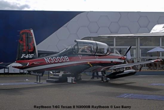 DSC07673 Raytheon T-6C Texan II N3000B Raytheon © Luc Barry