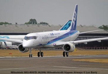 DSC08725 Mitsubishi MRJ-90STD JA23MJ Mitsubishi-All Nippon Airways © Luc Barry