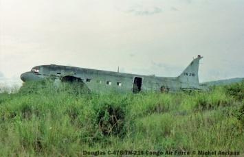img1006 Douglas C-47B TN-210 Congo Air Force © Michel Anciaux