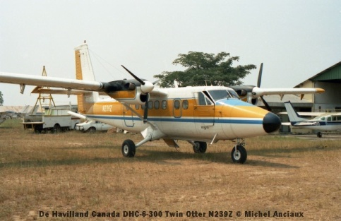 img906 De Havilland Canada DHC-6-300 Twin Otter N239Z © Michel Anciaux